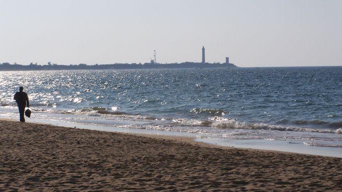 Le Phare des Baleines vu depuis la plage du Lizay (Les Portes en Ré