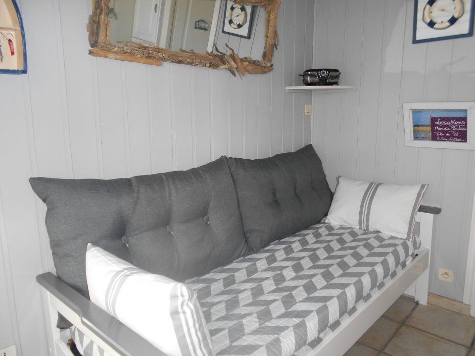 Salon avec canapé/lit-gigogne